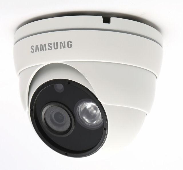 Samsung SCDL2023RP High Resolution 750TVL IR Camera